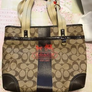 Medium coach handbag